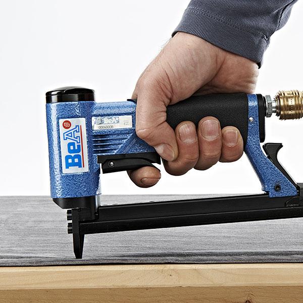 bea-97-16-407-stapler